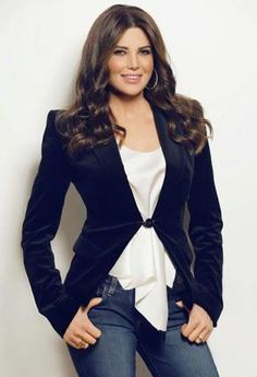Mona Abou Hamze