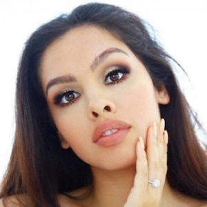 Alexandra Beth