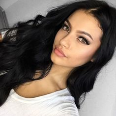 Ivana Santacruz