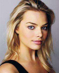 Kelly Margot