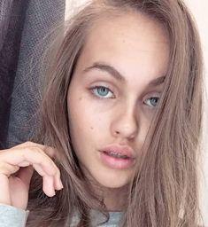 Lily Easton