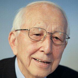 Fumihiko Maki