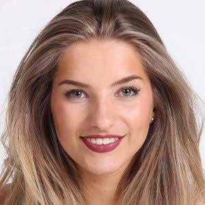 Julia Van Bergen