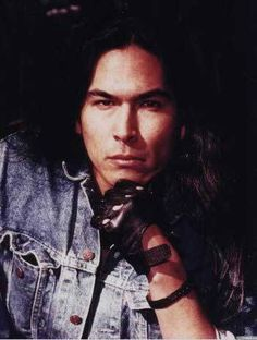 Eric Schweig Net Worth Eric schweig (born ray dean thrasher on 19 june 19671) is a canadian actor best known for his role as chingachgook's son uncas in the last of the mohicans (1992). eric schweig net worth