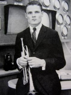 Charlie Rawes