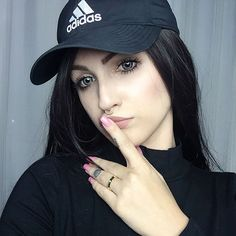 Lindsay Woods