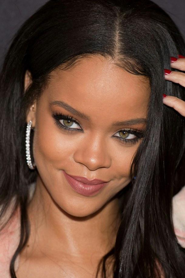 Music Stars Net Worth Rihanna Net Worth