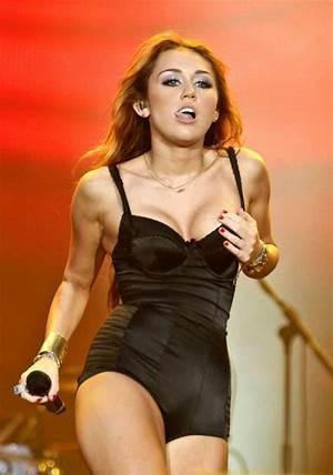 Paula Avila