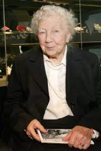 Erika Pohl-Stroher