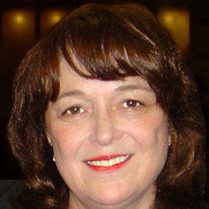 Linda B Buck