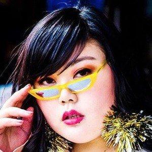 Scarlett Hao