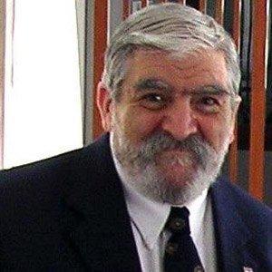 Daniel N Robinson