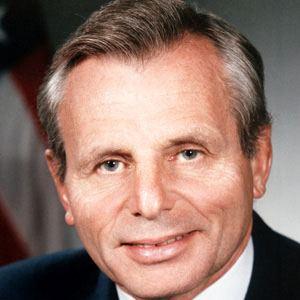 Frank Carlucci