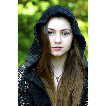Rhiannon Leigh Wryn